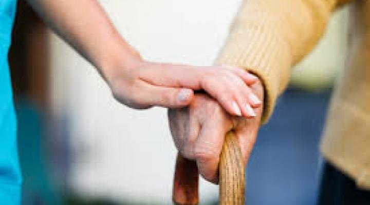 #Justiça de MT afasta auxiliares de enfermagem por suspeita de maus tratos a idosos em abrigo