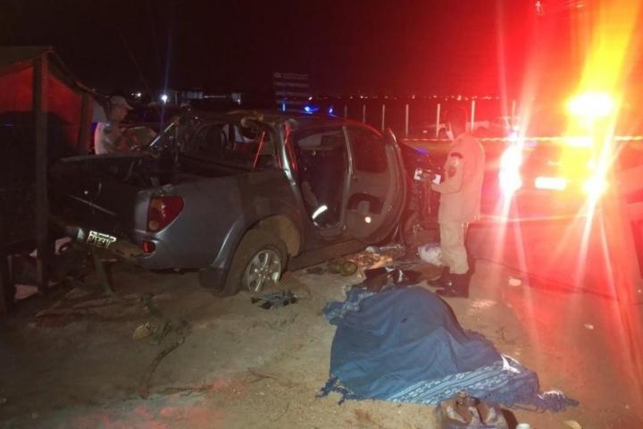 Empresário sofre infarto ao dirigir, caminhonete capota e morre em rodovia de MT; menino de 13 anos ficou ferido