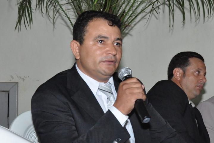 Atividades parlamentares de Castanheira voltam na segunda-feira sob nova presidência