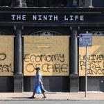 Manifestantes protestam contra lockdown em Londres