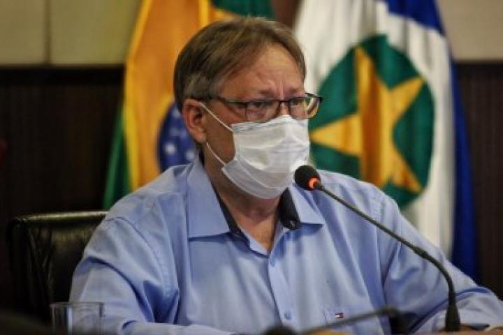 Secretário alerta que MT tem vacina para imunizar só 3% da população