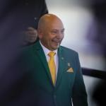 Luciano Hang tem alta hospitalar em SP após contrair Covid-19