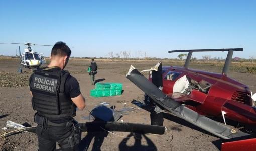 Helicóptero com 300 kg de cocaína cai em fazenda no Pantanal de MT